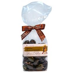 Spécialités de Provence. Olives vertes et noires.